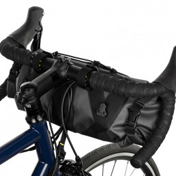apidura expedition handlebar pack 9l on bike