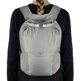 apidura-packable-backpack-13l-on-body-1