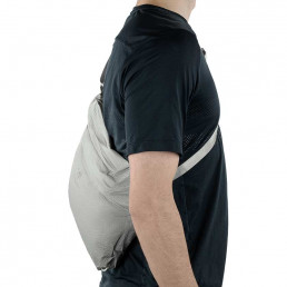 apidura-packable-musette-7l-on-bike-3