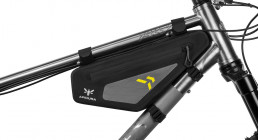 Apidura Backcountry Frame Pack 2 liter features fitting 01