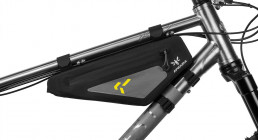 Apidura Backcountry Frame Pack 2 liter features fitting 02